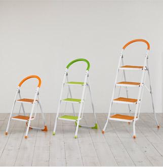 공간절약 의자형 접이식 사다리
